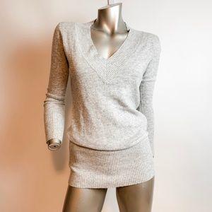 BCBG Angora Wool Blend Grey V Neck Sweater Medium